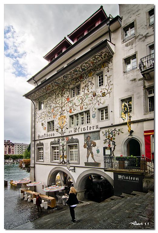 Decoració de façana