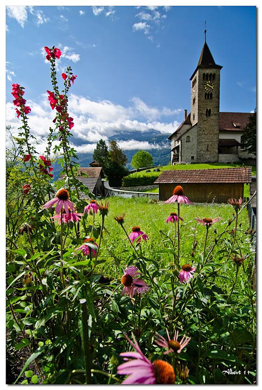 Flors amb església