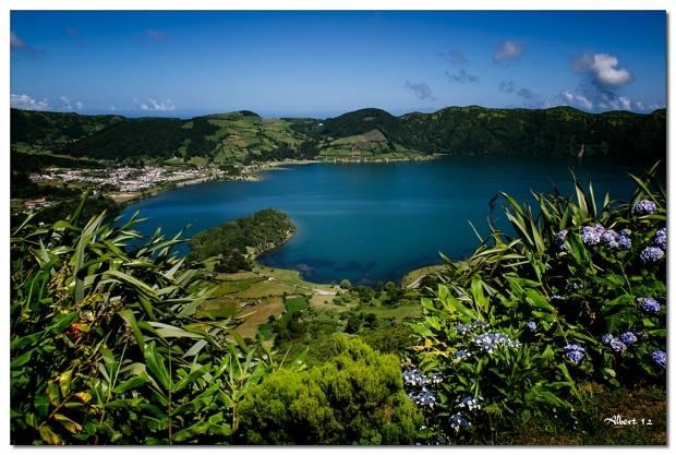 El llac blau - The blue lake