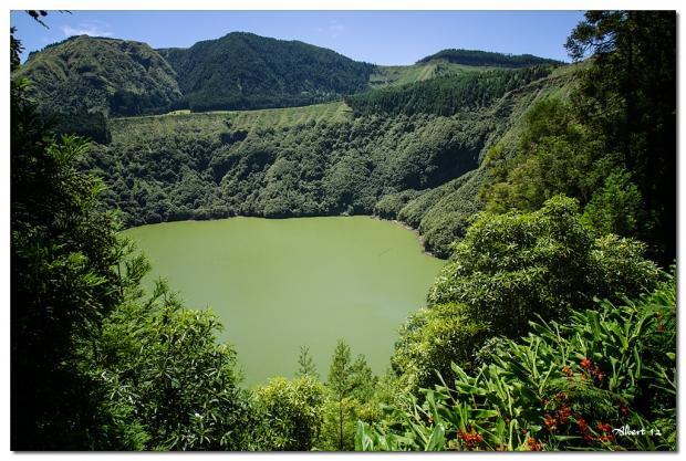 El llac verd de Santiago - The green lake of Santiago