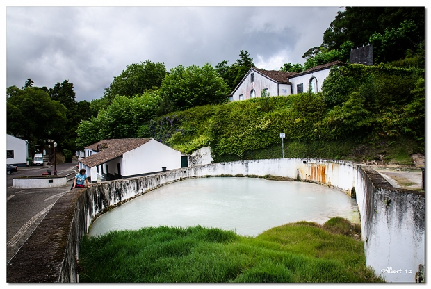 Aigües blanques de les termes - Termal white water