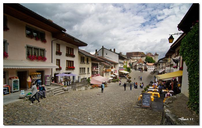 El carrer principal