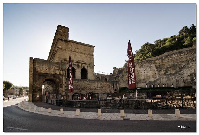 Exterior del teatre romà